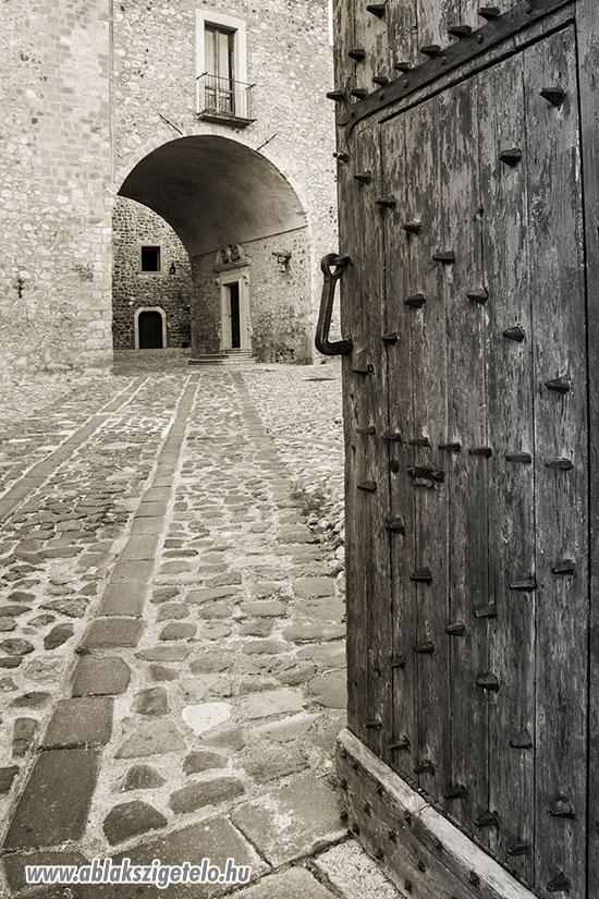 Ablakszigetelés a középkorban