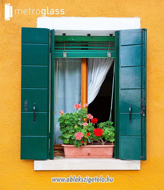 Mediterrán ablak